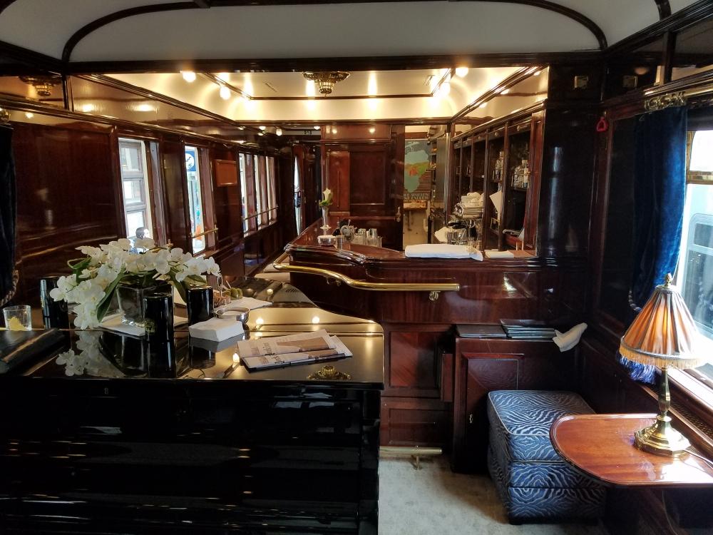 piano bar on the venice-simplon orient-express